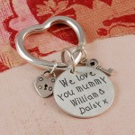 Personalised Silver We love you mummy Keyring