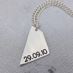 IndiviJewels Mens Personalised Geometric Shard Necklace Back