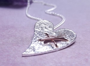 IndiviJewels Sterling Silver Torn Heart Necklace